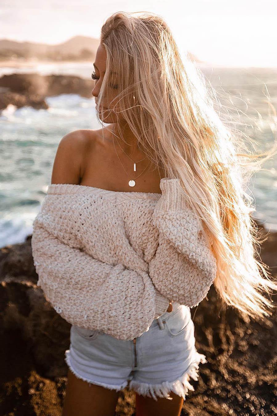 VIP blonde Elza